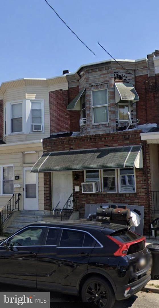 6220 Grays Avenue, PHILADELPHIA, PA 19142 (#PAPH2002087) :: Tom Toole Sales Group at RE/MAX Main Line