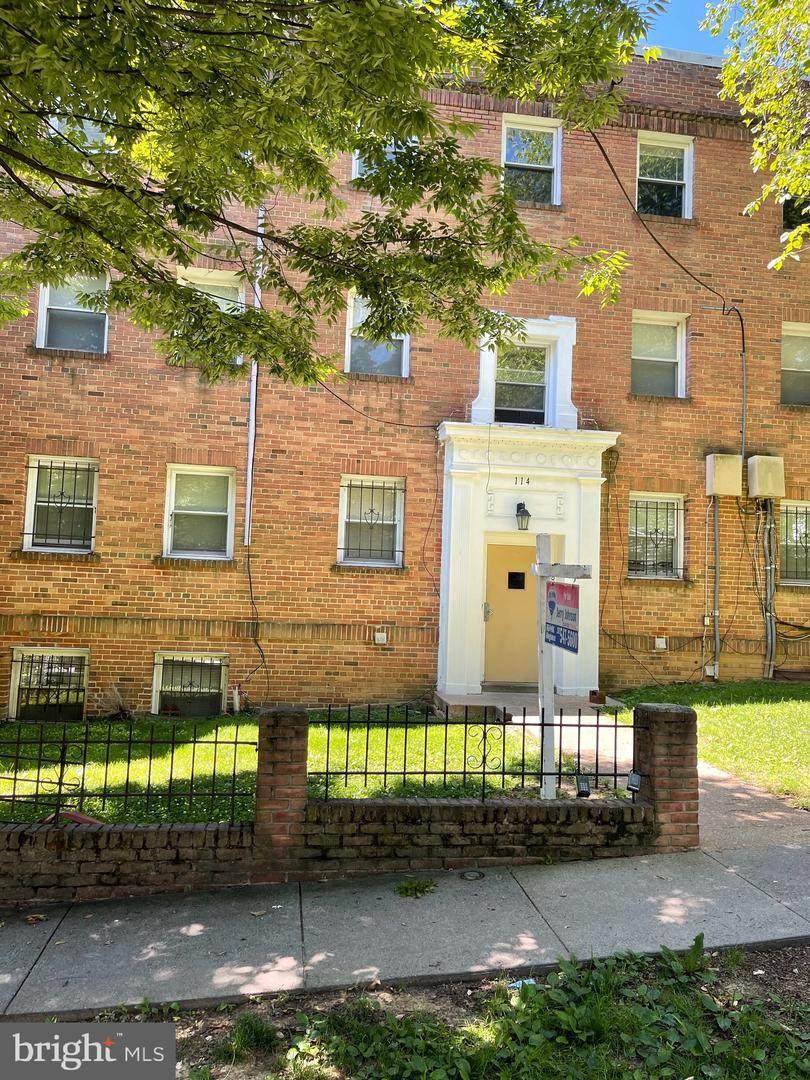 114 Danbury Street - Photo 1