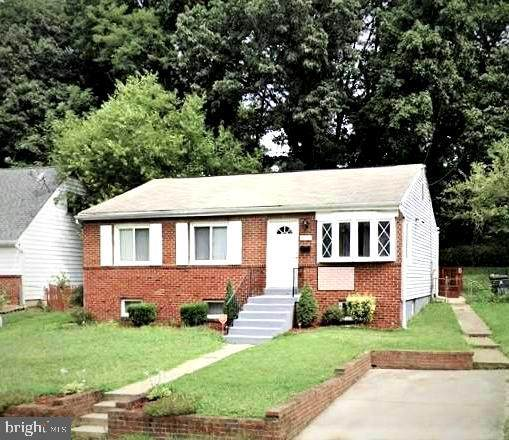 5916 Mustang Drive, RIVERDALE, MD 20737 (#MDPG2000858) :: The Maryland Group of Long & Foster Real Estate