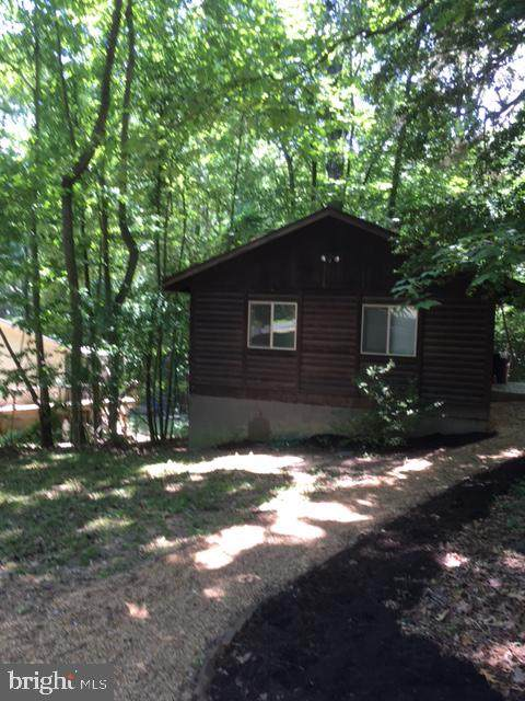 490 Round Up Road, LUSBY, MD 20657 (#MDCA2000186) :: Charis Realty Group