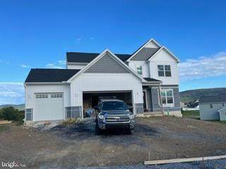 103 South Mountain Drive, CARLISLE, PA 17013 (#PACB2000311) :: The Heather Neidlinger Team With Berkshire Hathaway HomeServices Homesale Realty