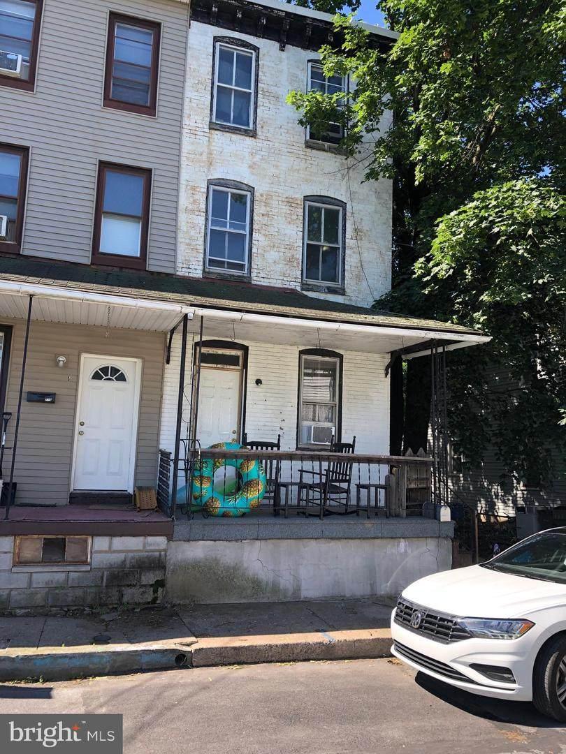 214 Washington Street - Photo 1
