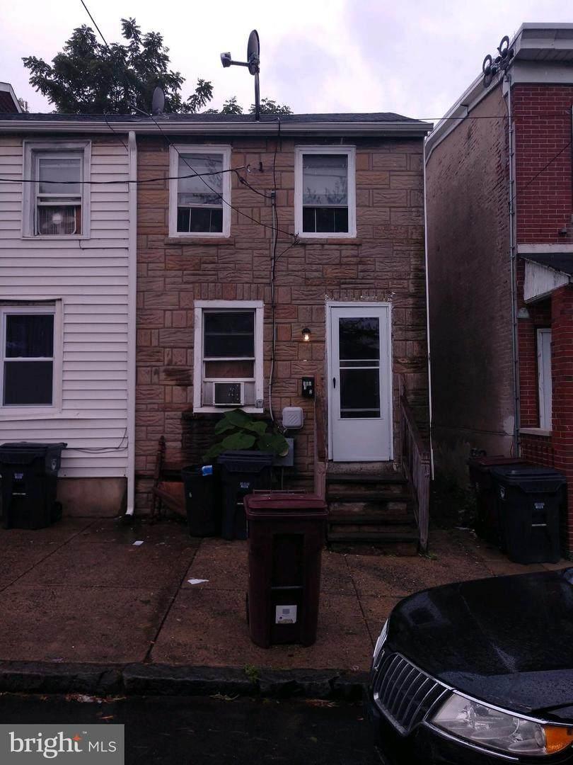109-1/2 Jackson Street - Photo 1
