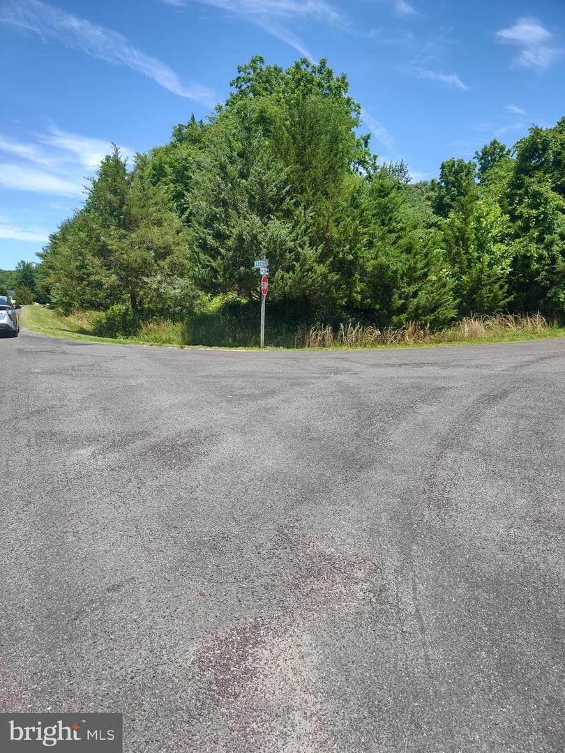 5601 Dogwood Tree Lane - Photo 1