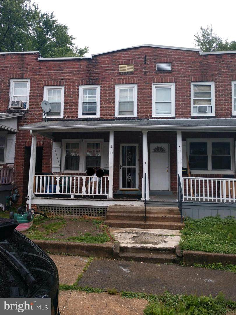 19 Denham Avenue - Photo 1