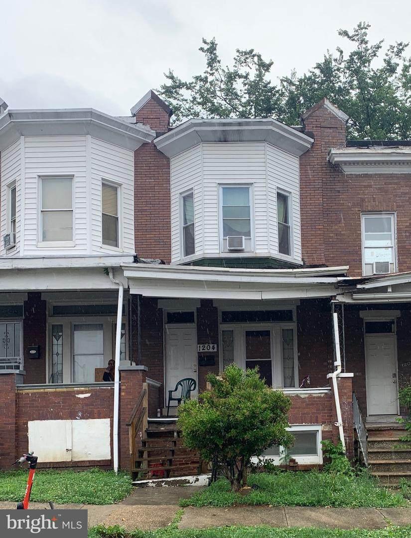 1204 Longwood Street - Photo 1