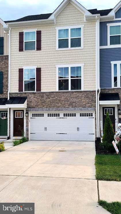 134 Burkwood Terrace, LAKE FREDERICK, VA 22630 (#VAFV2000206) :: City Smart Living