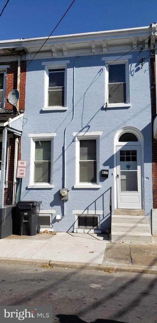 617 10TH Street - Photo 1
