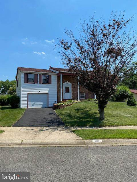 98 Ember Lane, WILLINGBORO, NJ 08046 (#NJBL2001490) :: Shamrock Realty Group, Inc