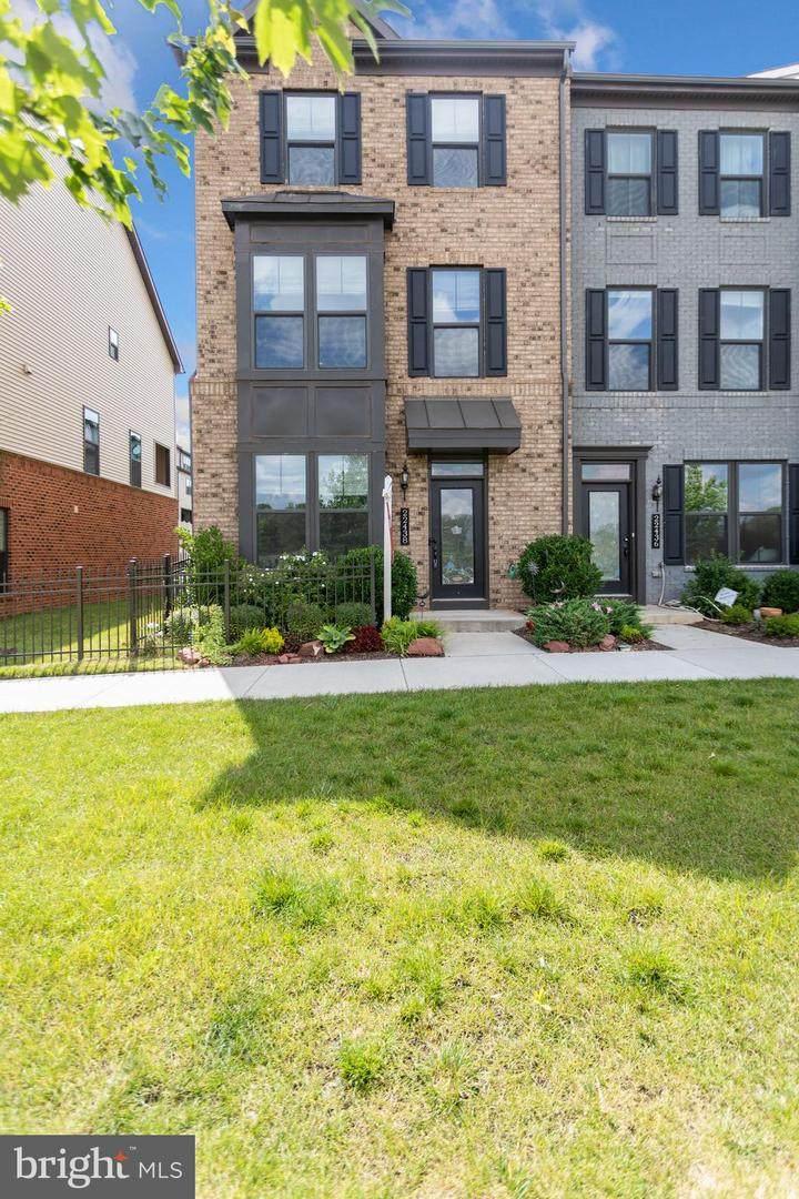 22438 Morning Shade Terrace - Photo 1