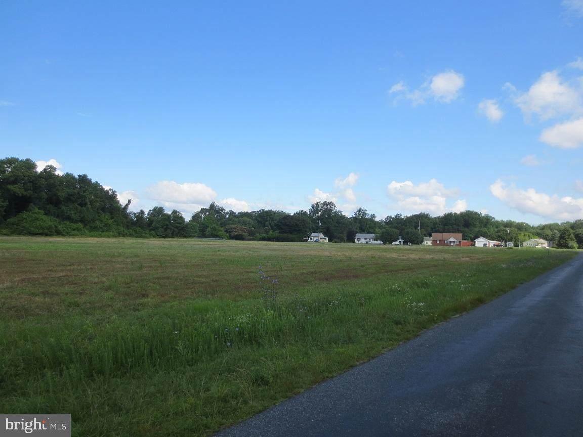 112 Pine Tree Road - Photo 1