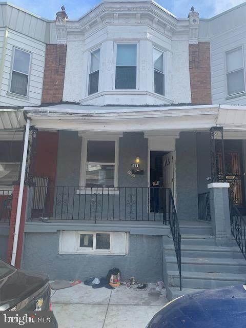 241 Creighton Street - Photo 1