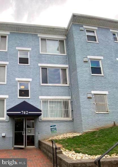 742 Brandywine Street SE #103, WASHINGTON, DC 20032 (#DCDC2003282) :: Talbot Greenya Group