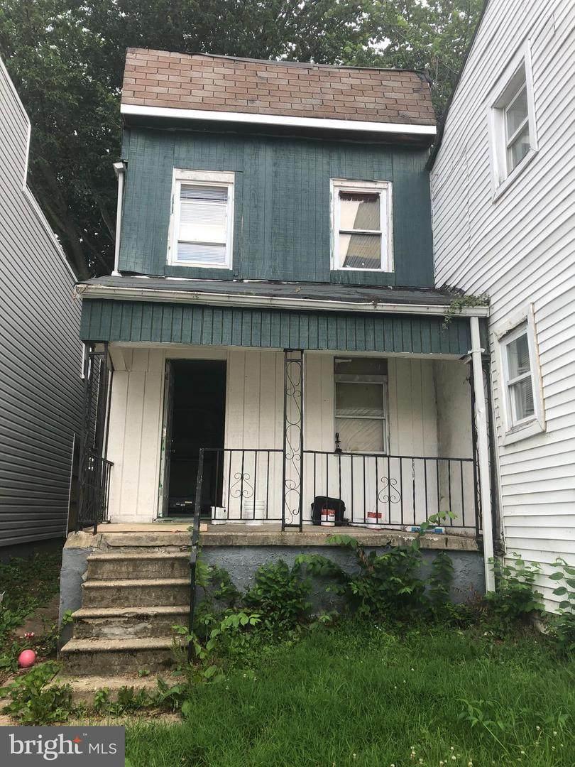 414 Font Hill Avenue - Photo 1
