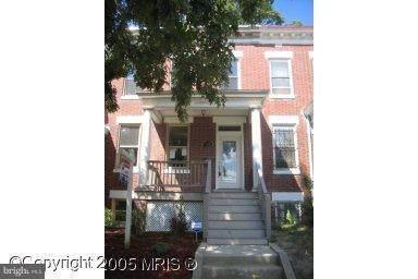 813 Webster Street - Photo 1