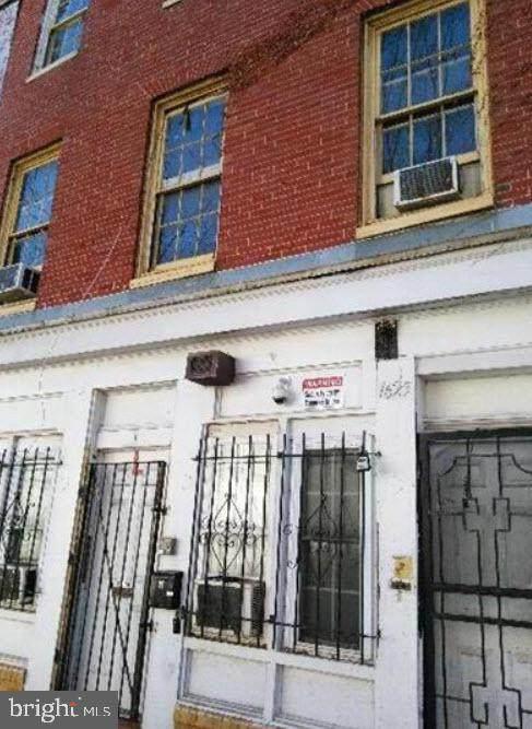1625 Frederick Avenue - Photo 1