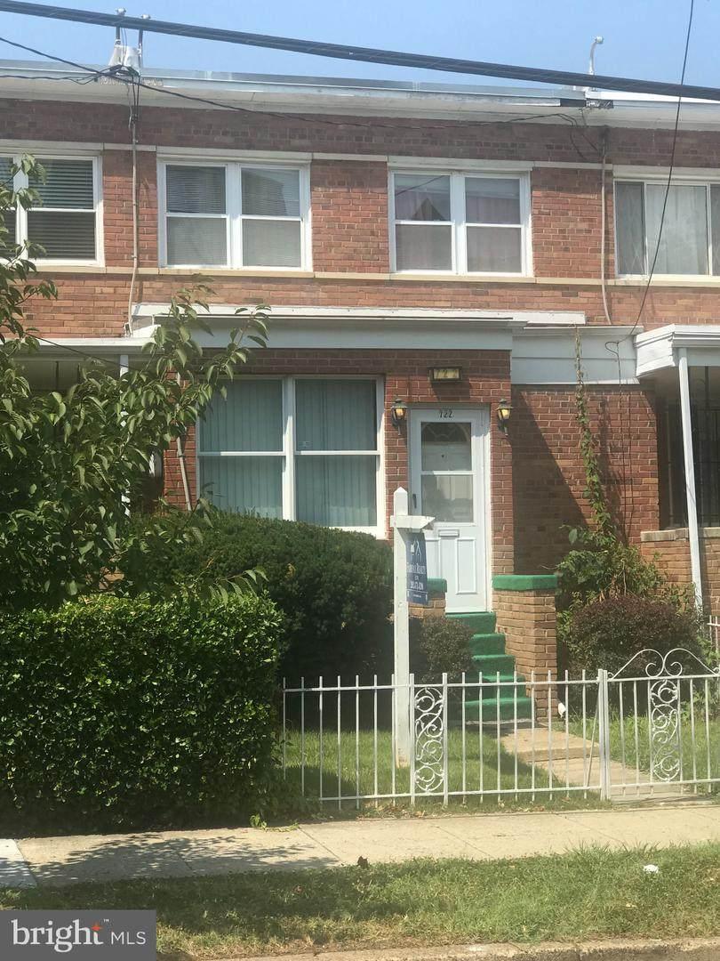 722 Buchanan Street - Photo 1