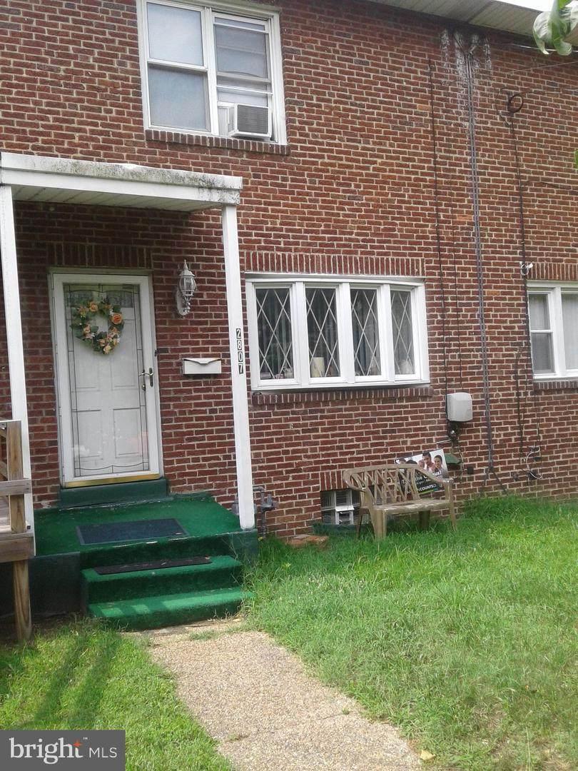 2807 Thompson Street - Photo 1