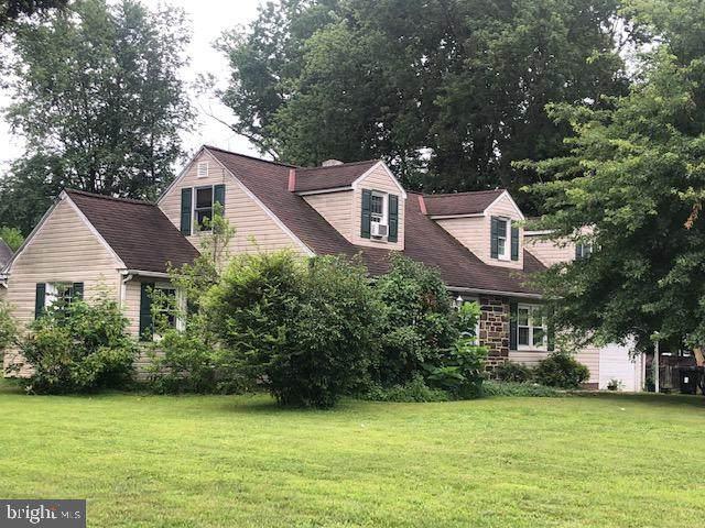 1498 Sweetbriar Lane, LANSDALE, PA 19446 (MLS #PAMC2004150) :: Kiliszek Real Estate Experts