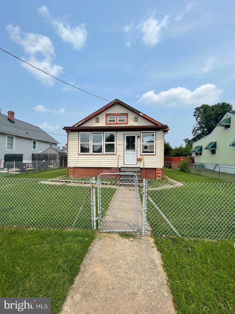 405 Lorraine Avenue - Photo 1