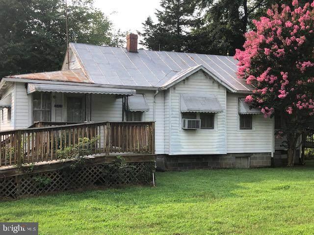 13424 James Madison Parkway, KING GEORGE, VA 22485 (#VAKG2000200) :: The Schiff Home Team