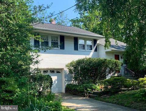 833 Lambert Avenue, MOUNT EPHRAIM, NJ 08059 (#NJCD2002948) :: Holloway Real Estate Group