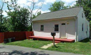 3900 Glenrose Avenue, HALETHORPE, MD 21227 (#MDBC2004826) :: The Vashist Group