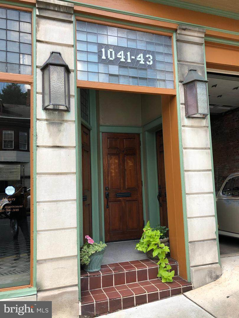 1041 Washington Street - Photo 1