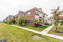 2540 Campus Way N, BOWIE, MD 20721 (#MDPG2005366) :: The Gus Anthony Team