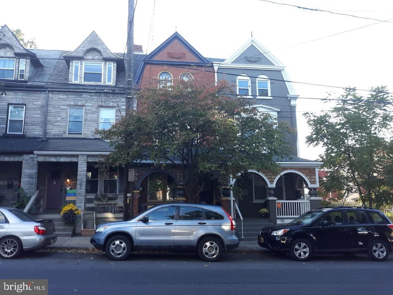 140 Plum Street - Photo 1