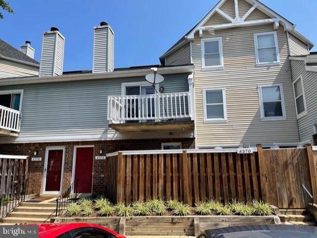 4374 Pembrook Village Drive #78, ALEXANDRIA, VA 22309 (#VAFX2011276) :: Nesbitt Realty
