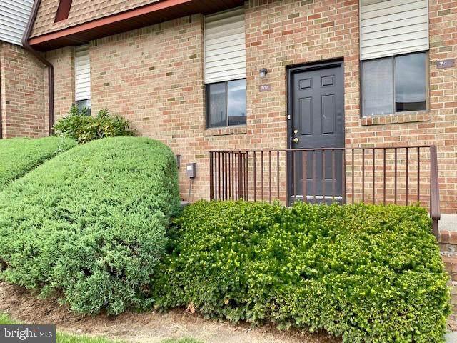 707 N Oaks Boulevard, NORTH BRUNSWICK, NJ 08902 (#NJMX2000408) :: Linda Dale Real Estate Experts