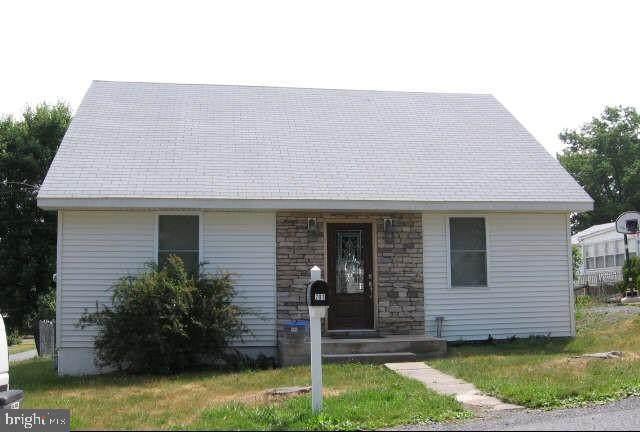 201 Atmore Street, HARRISBURG, PA 17112 (#PADA2001844) :: The Joy Daniels Real Estate Group