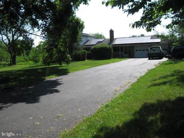 580 Smithville Road, SOUTHAMPTON, NJ 08088 (MLS #NJBL2004082) :: The Sikora Group