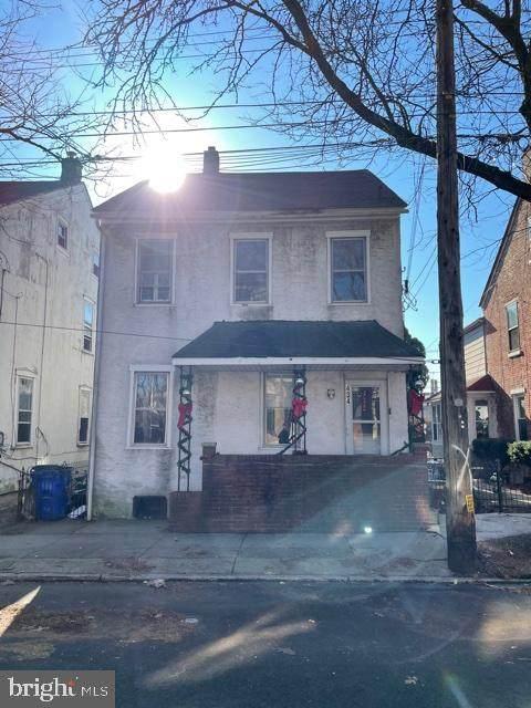 434 King Street, POTTSTOWN, PA 19464 (#PAMC2006350) :: Century 21 Dale Realty Co