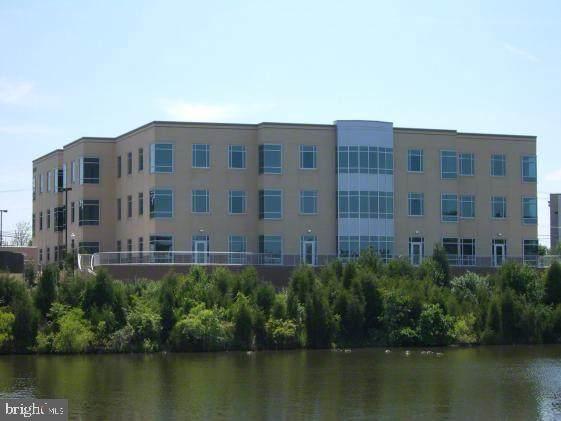 46090 Lake Center Plaza #209, STERLING, VA 20165 (#VALO2005068) :: Great Falls Great Homes
