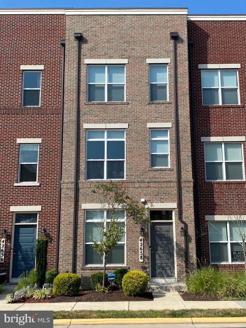 42658 Alicia Terrace - Photo 1