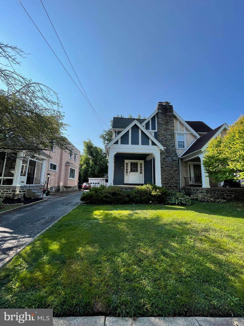 206 Plumstead Avenue - Photo 1