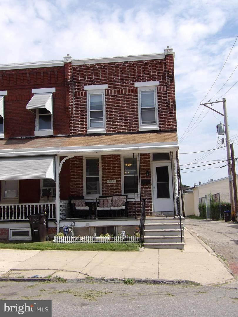 709 Oak Street - Photo 1