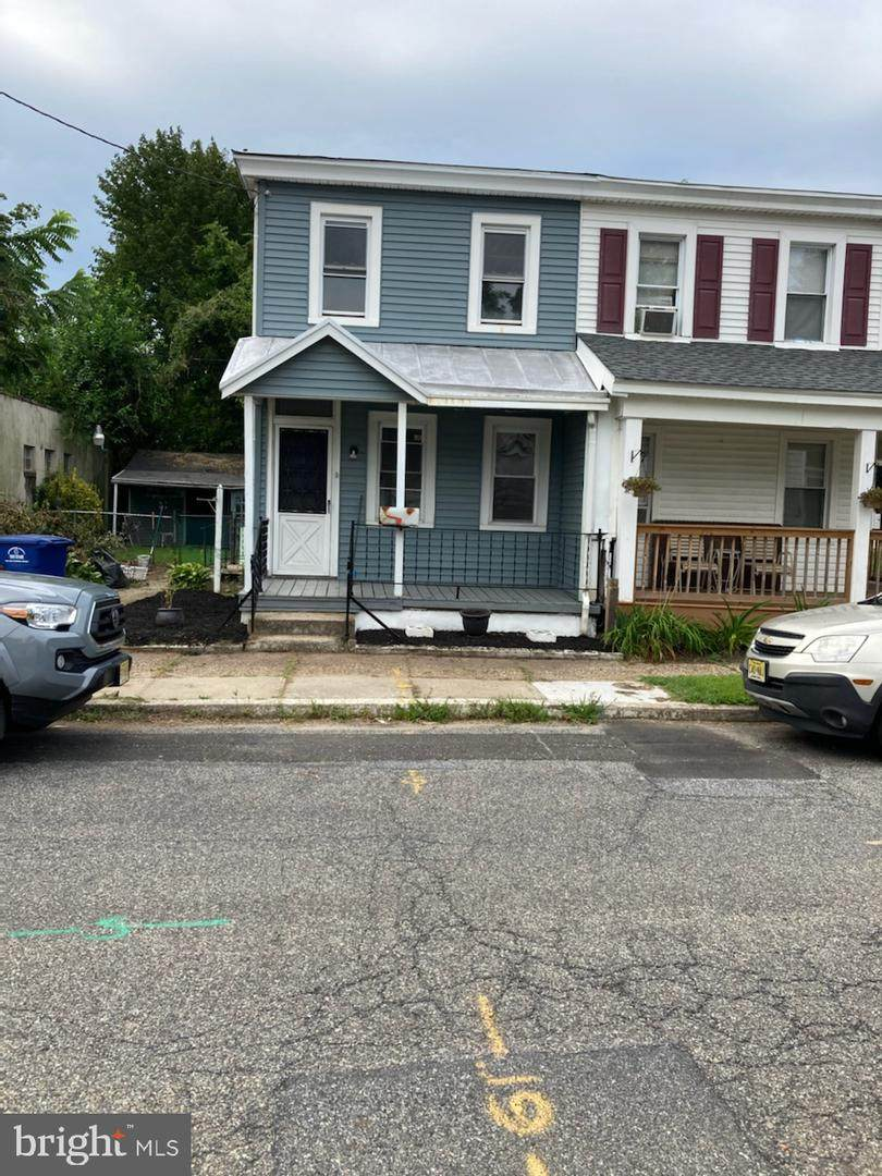 343 Putnam Street - Photo 1