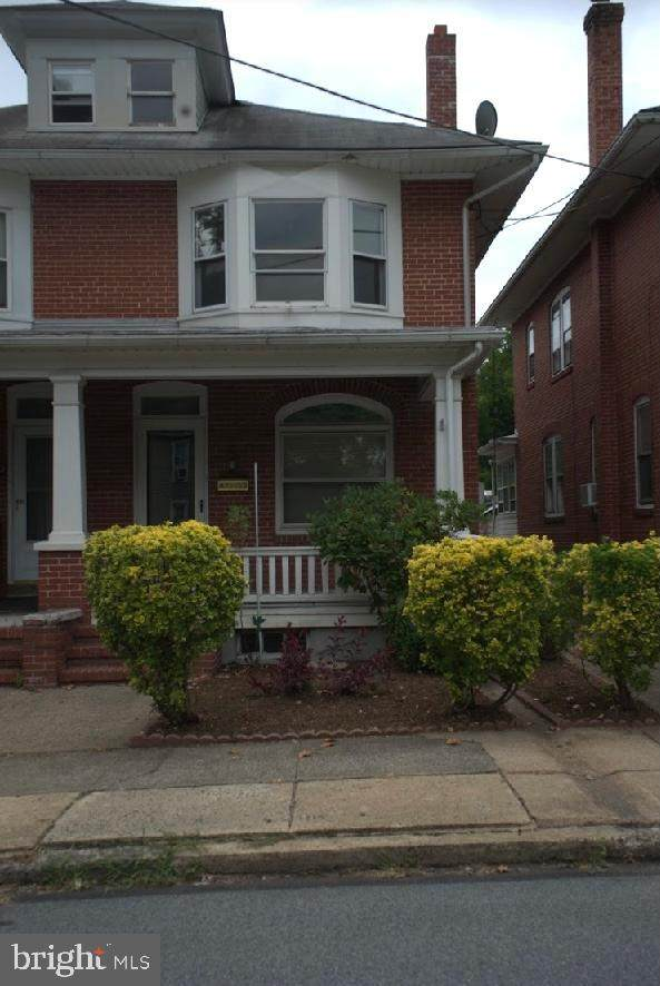 495 Farmington Avenue - Photo 1