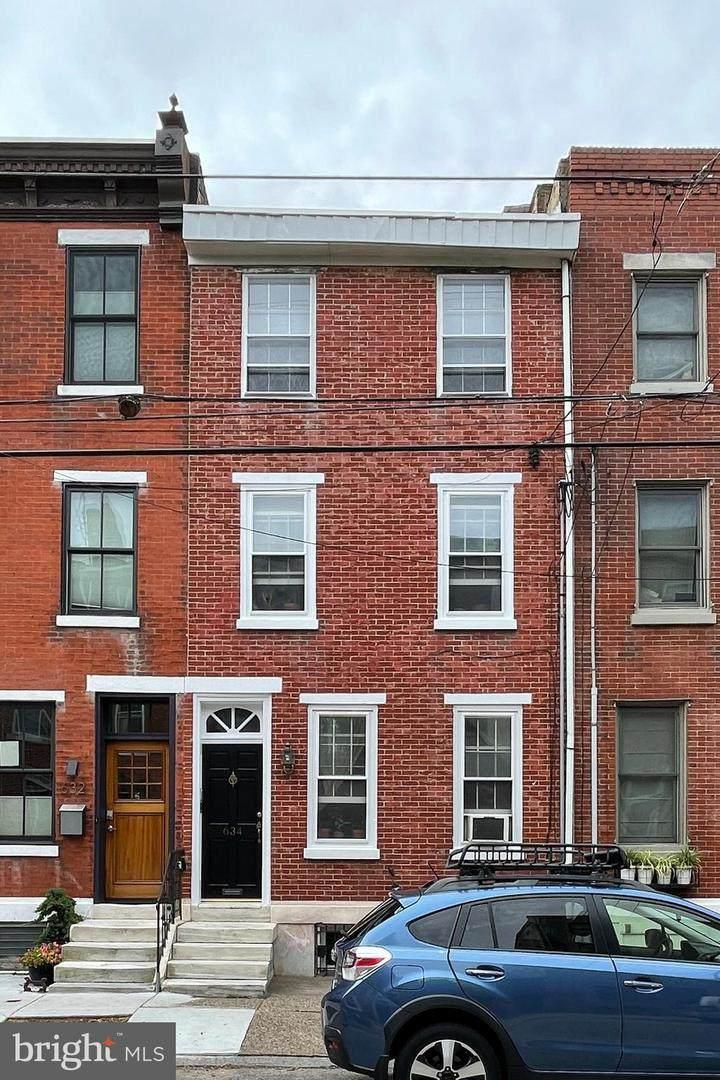 634 Catharine Street - Photo 1