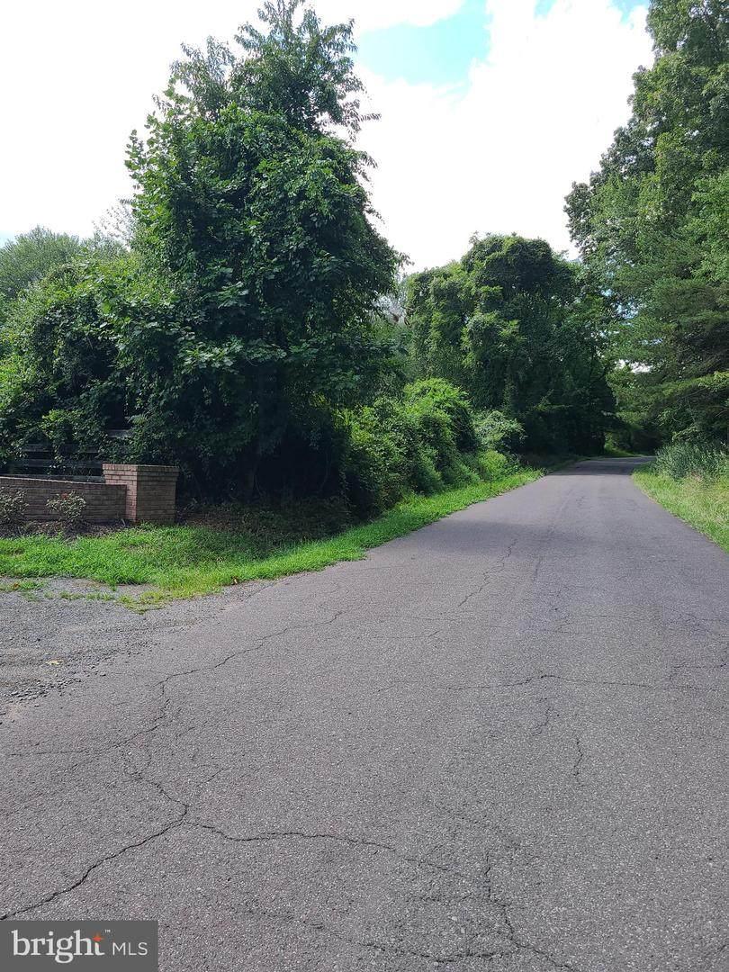 145 Seven Ponds Road - Photo 1