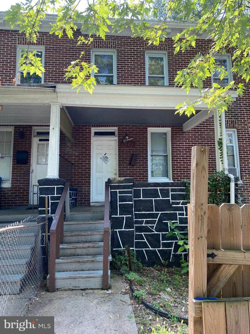 1001 Darley Avenue - Photo 1