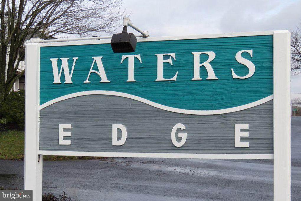 104 Waters Edge Drive - Photo 1