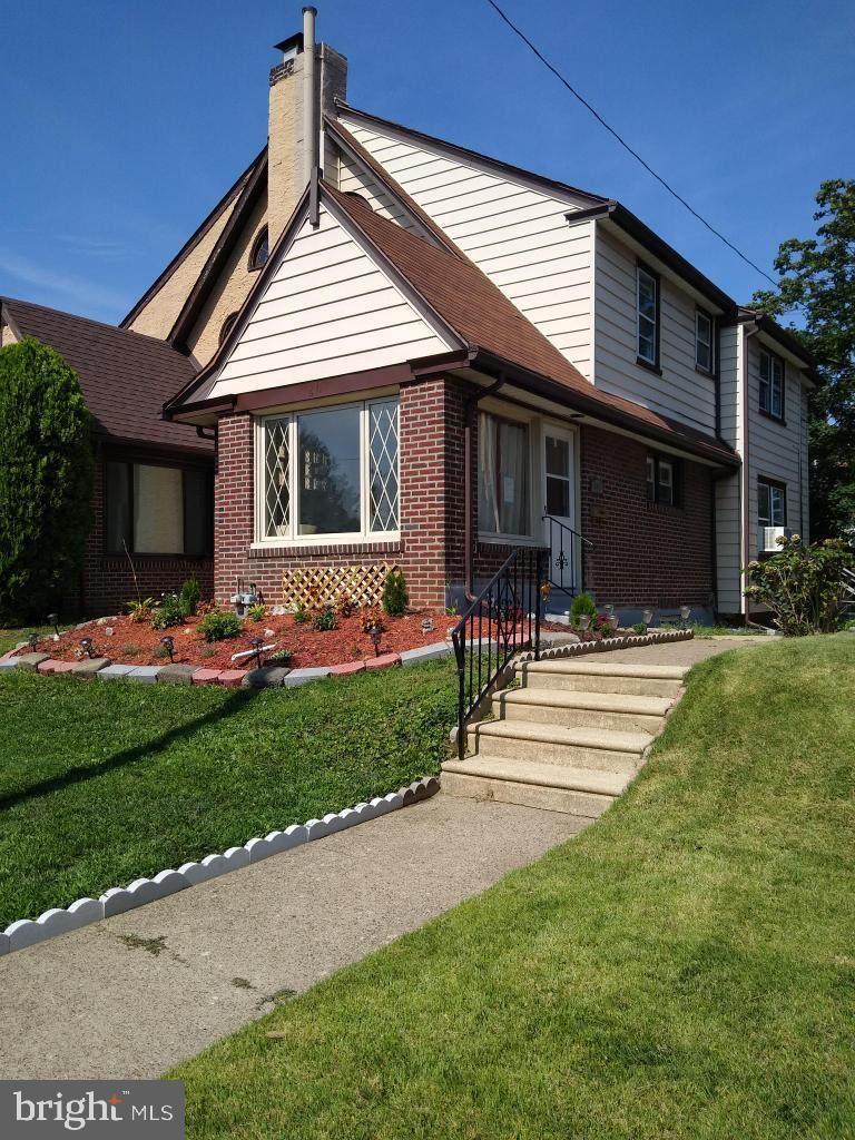 611 Cypress Street - Photo 1