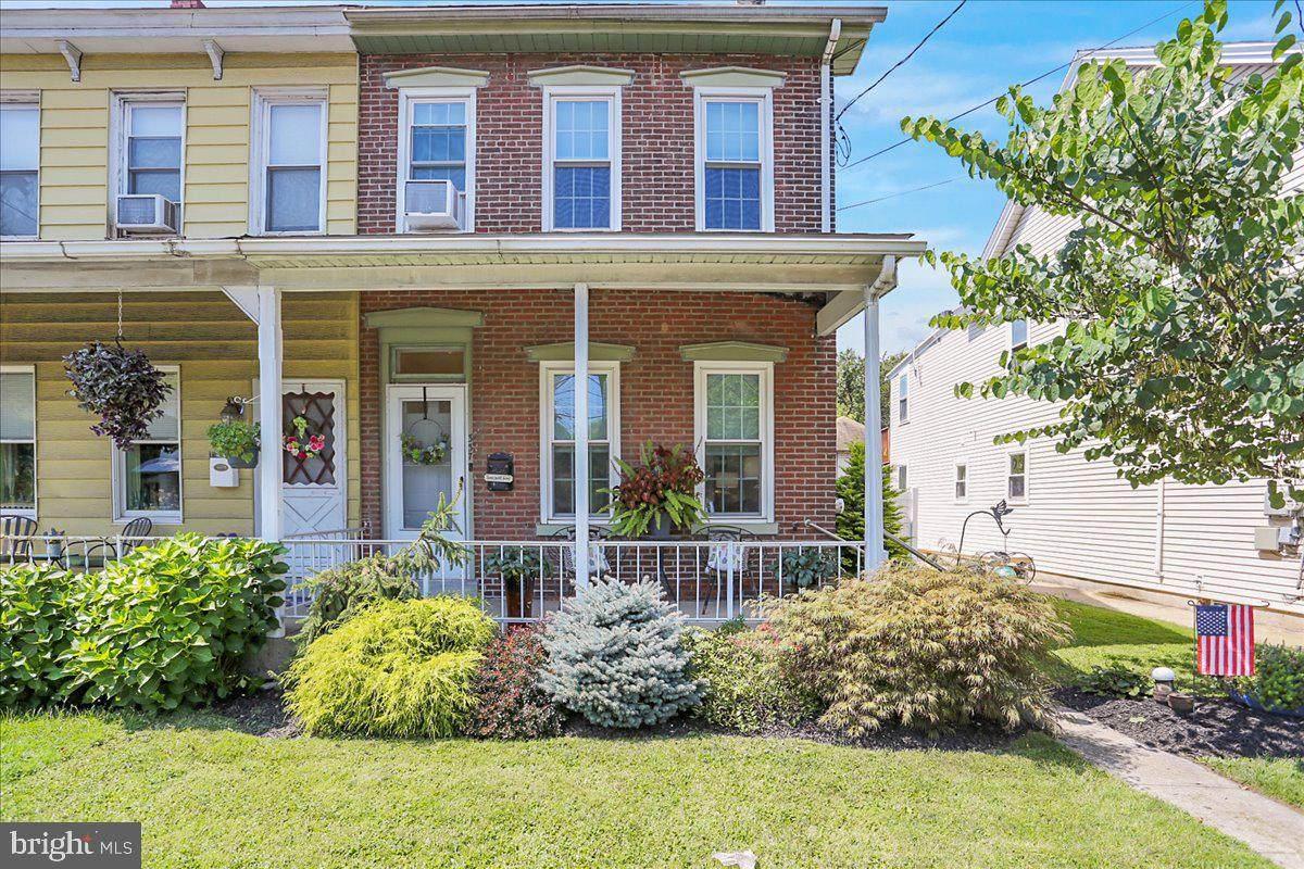 337 Hanover Street - Photo 1