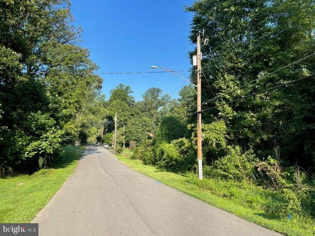 6468 Windham Avenue - Photo 1
