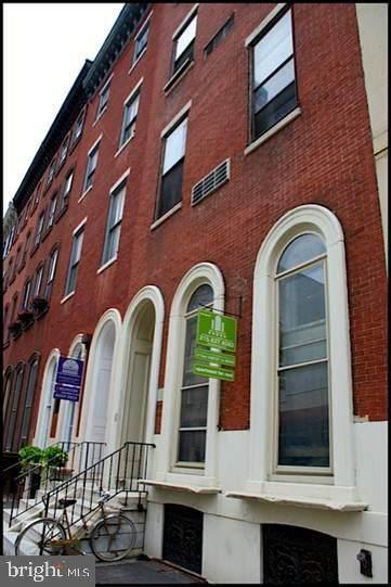 1734 Spruce Street - Photo 1