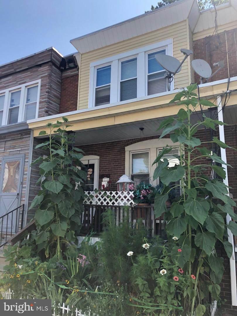 210 Cedar Avenue - Photo 1